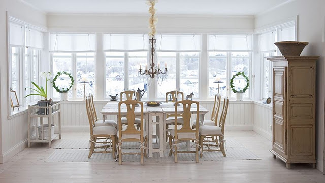Scandinavian dining room  Elle Decor Christmas tips and suggestions dining room classic style