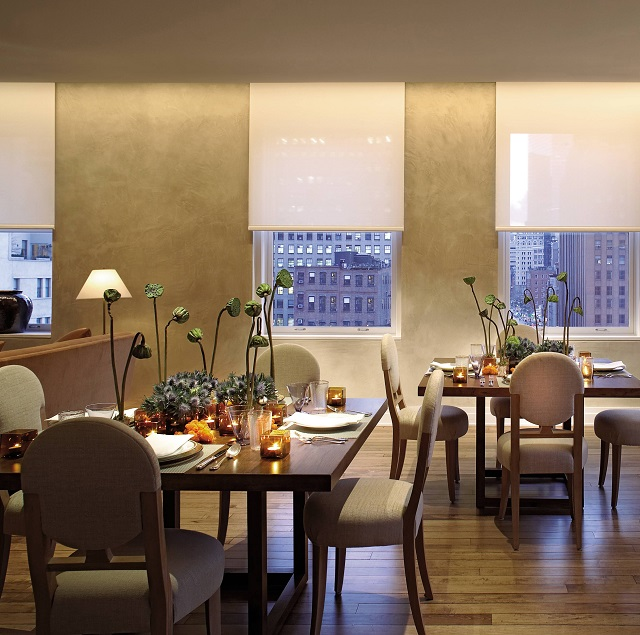 James Huniford & Stephen Sills   5 lighting tricks used by top interior designers modern dining room sills huniford new york new york 200704