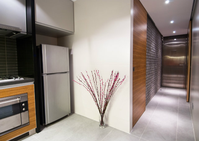 modern-wood-house  Tiny Wooden Apartment in Hong Kong modern wood house