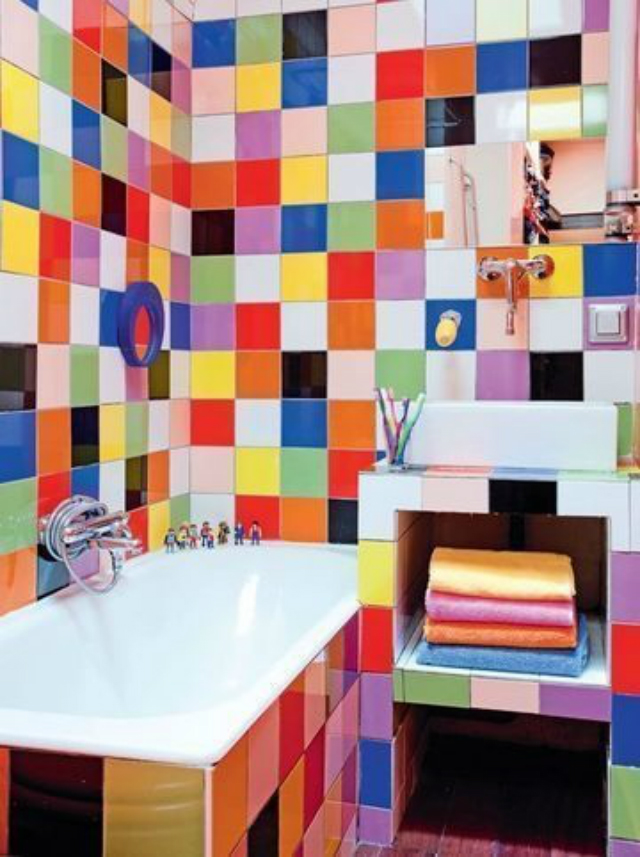 10 colourful ideas for your bathroom asian interior design for Salle de bains coloree