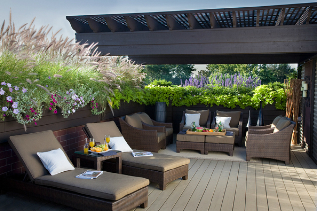 10-beautiful-deck-ideas-for-Spring-you-don't-want-to-miss  15 beautiful deck ideas for Spring you don't want to miss 10 beautiful deck ideas for Spring you dont want to miss3