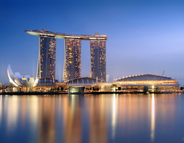 10-Expensive-Things To-Do-In-Singapore-that-you-can't-miss-Marina-Bay-Sands  10 Expensive Things To Do In Singapore that you can't miss 10 Expensive Things To Do In Singapore that you cant miss Marina Bay Sands