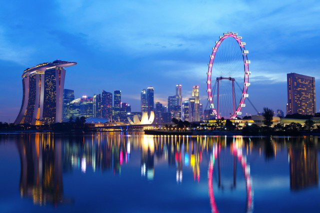 10-Expensive-Things To-Do-In-Singapore-that-you-can't-miss-singapore-flyer  10 Expensive Things To Do In Singapore that you can't miss 10 Expensive Things To Do In Singapore that you cant miss singapore flyer