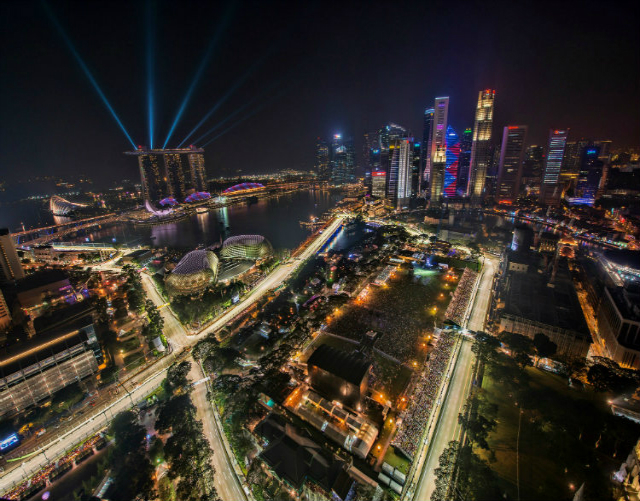 10-Expensive-Things To-Do-In-Singapore-that-you-can't-miss-singapore-grand-prix  10 Expensive Things To Do In Singapore that you can't miss 10 Expensive Things To Do In Singapore that you cant miss singapore grand prix