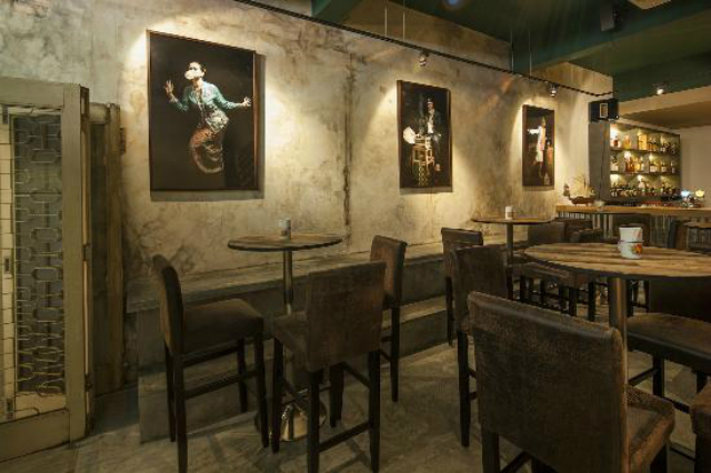 Cool-bars-in-Singapore-that-you-must-visit-Immigrants-Gastrobar  Cool bars in Singapore that you must visit Cool bars in Singapore that you must visit Immigrants Gastrobar2