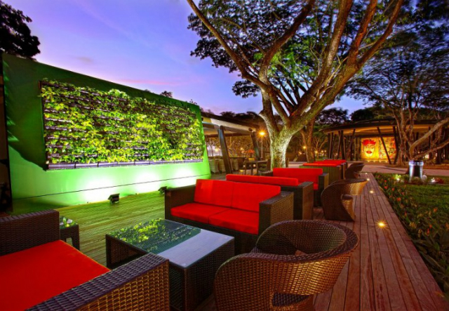Cool-bars-in-Singapore-that-you-must-visit-Wawawa  Cool bars in Singapore that you must visit Cool bars in Singapore that you must visit Wawawa2