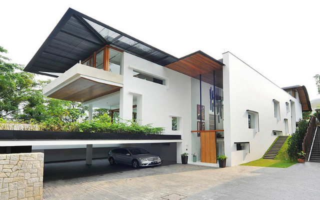 The Spectacular Tropical Singapore Bungalow By Guz