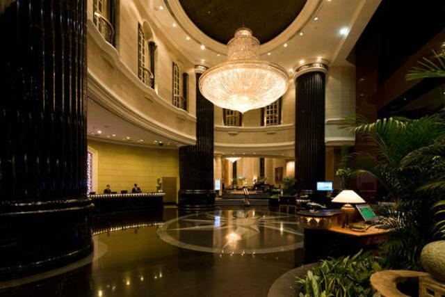 Top luxury hotels in kuala lumpur asian interior design for Design hotel kuala lumpur