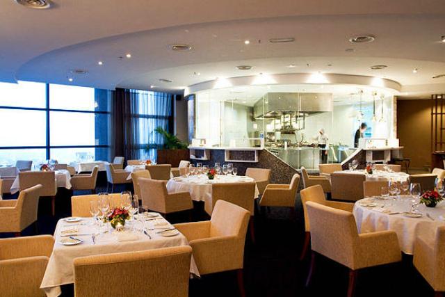 Top-Luxury-Hotels-in-Kuala-Lumpur  Top Luxury Hotels in Kuala Lumpur Top Luxury Hotels in Kuala Lumpur8
