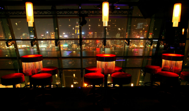 ARMANI-PRIVE-The-exclusive-Hong-Kong-Lounge-Rooftop-bar-by-Armani  ARMANI/PRIVE - The exclusive Hong Kong Lounge & Rooftop bar by Armani ARMANI PRIVE The exclusive Hong Kong Lounge Rooftop bar by Armani6