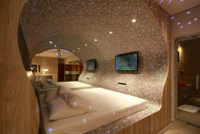 Futuristic-Bedroom-Design-Ideas3  Futuristic Bedroom Design Ideas Futuristic Bedroom Design Ideas3