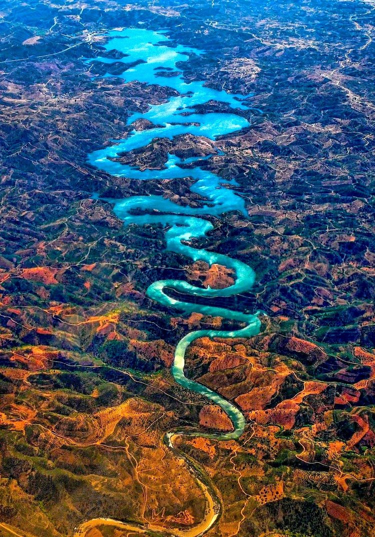 rsz_the-blue-dragon-river-in-portugal  The amazing Blue River Dragon rsz the blue dragon river in portugal